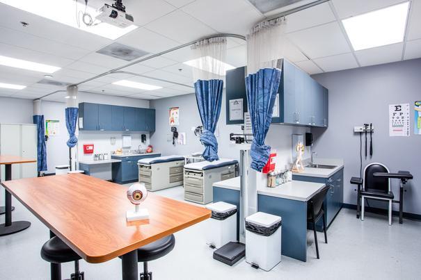 Medical Assistant Lab 3 at UEI Ontario Trade School Campus - UEI College
