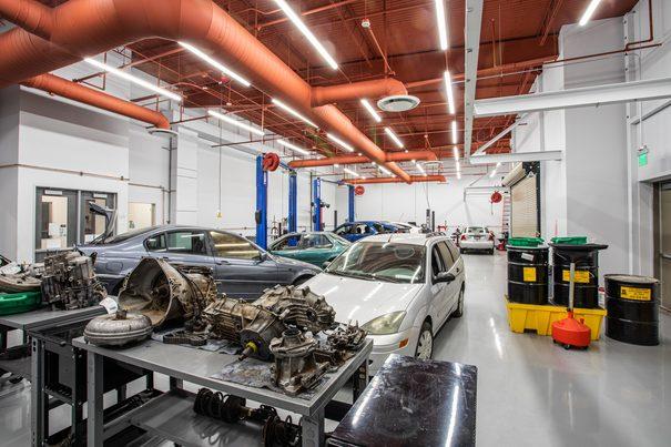 Automotive Technician Lab 3 at UEI Las Vegas Trade School Campus - UEI